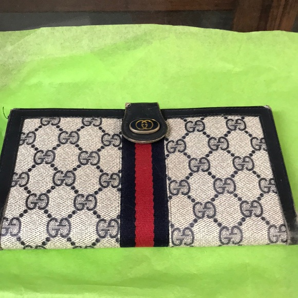 8721a52dcdd2 Gucci Bags | Authentic Vintage Wallet | Poshmark